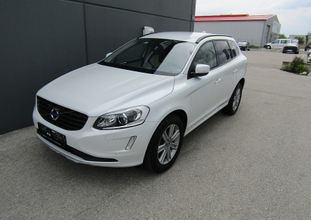 Volvo XC60 D4 Kinetic AWD Geartronic bei BM || L-E-B in