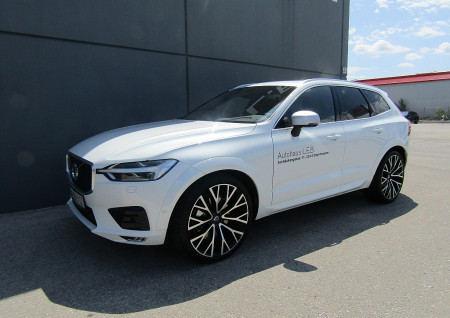 Volvo XC60 T5 AWD Geartronic R-Design bei BM || L-E-B in
