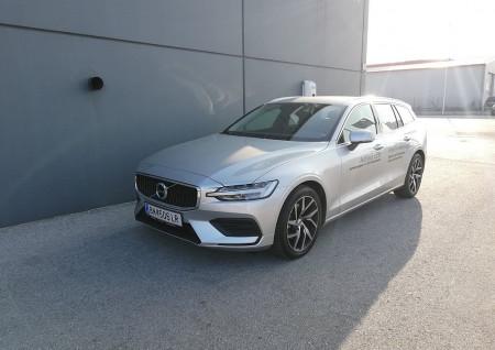 Volvo V60 T4 Momentum Pro bei BM || L-E-B in