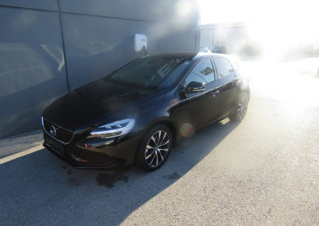 Volvo V40 T2 Edition bei BM || L-E-B in
