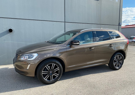 Volvo XC60 D4 Dynamic AWD Geartronic bei BM || L-E-B in